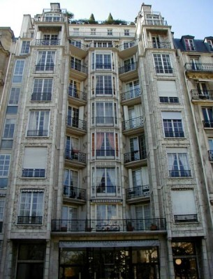 L'immeuble 25 bis rue Franklin, Paris 16e (source: structurae.info)