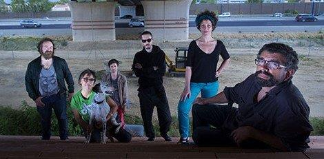 Portrait du collectif Urbain, trop urbain (©Patrice Nin), de gauche à droite: Matthieu Duperrex, Sophie Léo, Jean-Yves Bonzon, Uttarayan, Claire Dutrait, Frédéric Malenfer