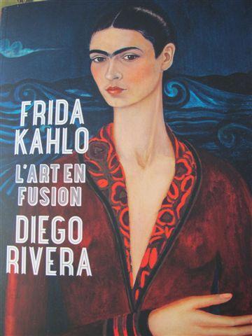 Autoportrait en robe de velours (1926)