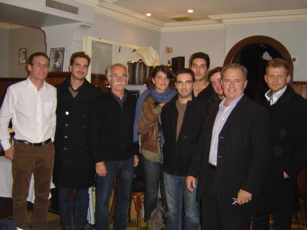 Photo prise à l'issue du Café Géo  De gauche à droite : M.Vidal et Th.Courcelle (centre universitaire Champollion), G.Buono (intervenant), J.Foltran, M.Mamou, Th.Buscaylet, F.Biffi (étudiants), J.Valax (député du Tarn) & A.Daudin (étudiant).
