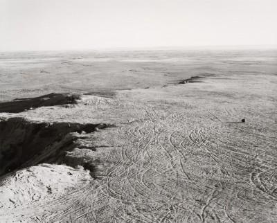 Robert Adams, Exploitation de carrières sur une mesa, Comté de Pueblo, Colorado, 1978(FraenkelGallery, San Francisco et Matthew Marks Gallery, New York)