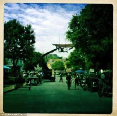 Tournage à Wisteria Lane (dernier jour de tournage du dernier épisode photographié par une actrice de la série) Source : Photographie fournie par Bertrand Pleven pour ce compte-rendu.