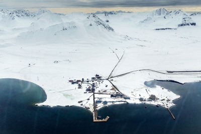 Ny-Ålesund, village scientifique international, situé au nord-ouest de l'île du Spitzberg en Norvege.