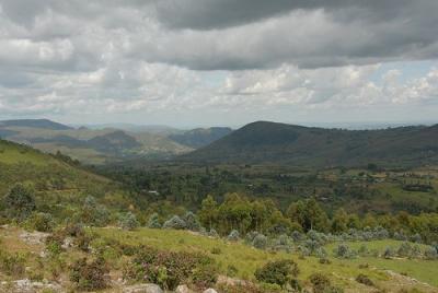 Photo 1. Un paysage typique du Burundi (Cliché utilisé par Aloys Ndayisenga lors de sa présentation)