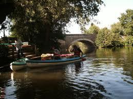 L'Evre près de son confluent avec la Loire, point de départ des promenades de Julien Gracq sur les « eaux étroites »