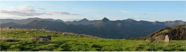 Le Haut-Cantal, un terrain apprécié des randonneurs du sentier GR 400