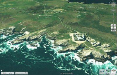 Une image oblique aérienne du site « geoportail.gouv.fr » qui permet de localiser l'étude au NO du phare de C'reach