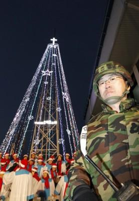 Source : « La guerre du sapin de Noël aura-t-elle lieu », blog Big Browser, site LeMonde.fr, 12 décembre 2011.