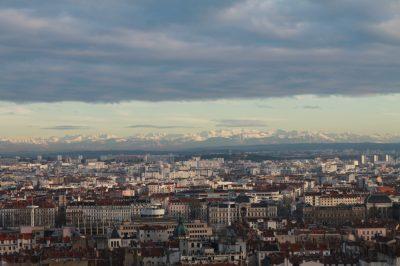 Vue des Alpes depuis les hauteurs de Lyon (, 27 décembre 2013)