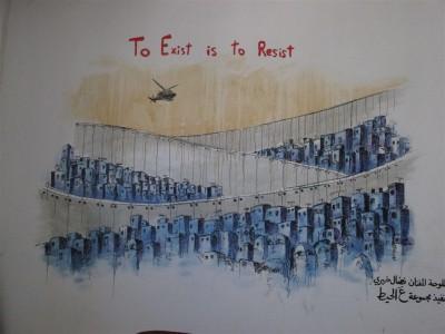 To exist is to resist: travail à la fois esthétique et émouvant sur la fragmentation socio-spatiale. (Cliché Maryse Verfaillie, novembre 2015)