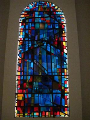 Paysage bleu, 1963 Alfred Manessier / Atelier Lorin Église Saint-Michel des Bréseux (Doubs)