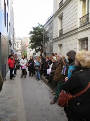 Le groupe face aux explications des aménagements du secteur Nord Emile Chaîne de la SIEMP et du rôle de maître d'ouvrage public de Pauline Saurei