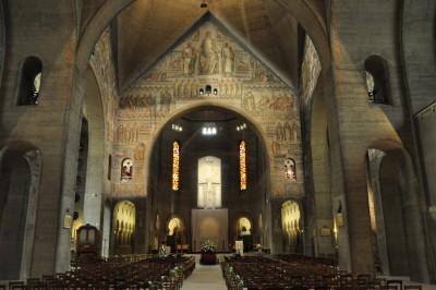 L'intérieur de Saint-Pierre-de-Chaillot (source: patrimoine-histoire.fr )