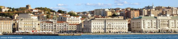 Aux confins de l'Italie, coincée entre Adriatique et Slovénie, Trieste rêve à sa gloire commerciale et littéraire quand elle était le débouché maritime de l'Empire des Habsbourg avant 1914(Source: elettra.trieste.it)