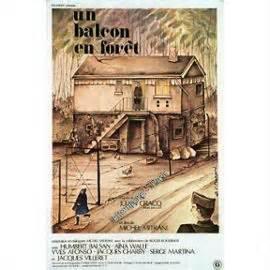 un_balcon_en_foret