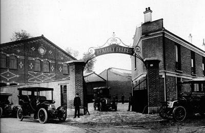 Entrée des usines Renault au début du XXème siècle